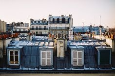 Early morning in Paris / Cate Underwood