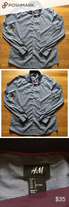 H & M Premium Cotton Slim Fit Collared Shirt The is an H&M slim fit collared dress shirt in size large. It is new without tags as it didn't fit the owner. There are other shirts available in my closet as well. Good for work or play! Bundle to save and receive a free gift! 🍾✨✨✨ H&M Shirts Dress Shirts