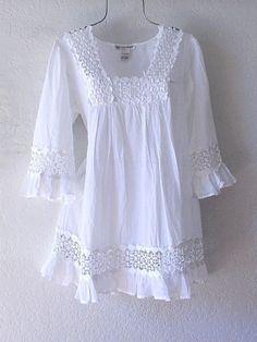 NEW~Long White Cotton Crochet Lace Peasant Blouse Tunic Boho - Dresses Style Frock Fashion, Boho Fashion, Fashion Dresses, Dress Neck Designs, Blouse Designs, Cotton Crochet, Crochet Lace, Peasant Blouse, Tunic Shirt