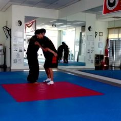 Master Chen Bing applies the taiji form Xie Xing (Oblique Walking) in a push hands session on a visit to the LA branch of his international school. International School, Tai Chi, Chen, Martial Arts, How To Apply, Walking, Hands, Teacher, Student