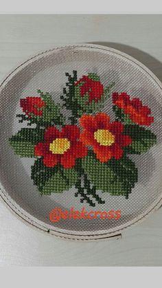 Cross Stitch Heart, Cross Stitch Cards, Cross Stitch Borders, Cross Stitch Alphabet, Modern Cross Stitch Patterns, Cross Stitch Flowers, Cross Stitch Designs, Cross Stitch Embroidery, Hand Embroidery Videos