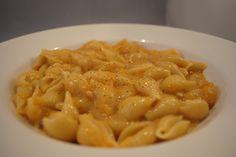Butternut Squash Mac n Cheese - hands down the best vegan mac and cheese recipe I've ever eaten
