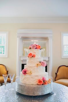 Best of 2015: Wedding Cakes at The Sonnet House, a Wedding Venue in Birmingham, Alabama Cake: Cakes by Barb Photo: Jett Walker Photography