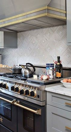 Strategy, secrets, and quick guide with respect to obtaining the greatest result as well as ensuring the max usage of Small Kitchen Renovation Kitchen Size, New Kitchen, Kitchen Dining, Kitchen Ideas, Crisp Kitchen, 1950s Kitchen, Kitchen Decor, Small Kitchen Renovations, Kitchen Remodel
