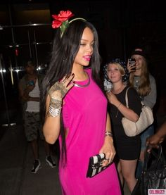 WATCH: Rihanna Fangirls Out at Drake Concert, Totally Proves They're Back On