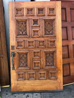 This is a great Spanish revival custom-made door. This is a right swing door that opens to the right in word. The hardware is still in functioning condition and the lock open and closes when the thumb latch is pressed. Spanish Revival Home, Spanish Style Homes, Spanish House, Wooden Door Design, Main Door Design, Wooden Doors, Rustic Doors, Spanish Modern, Spanish Colonial