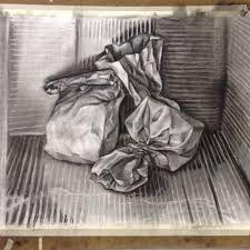 Résultats de recherche d'images pour «charcoal drawing of garbage»