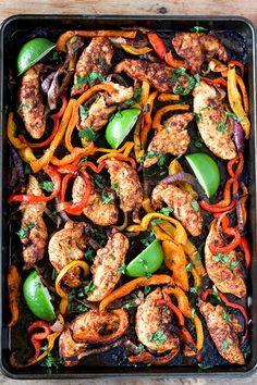 Sheet Pan Chicken Fajitas Recipe Chicken Fajita Recipe, Chicken Fajitas, Chicken Recipes, Chicken Rice, Shrimp Fajitas, Salmon Recipes, Turkey Recipes, Mexican Food Recipes, Dinner Recipes