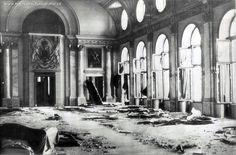 Sala Tronului, după proclamația Regelui din 23 august 1944   Familia Regală a României / Royal Family of Romania