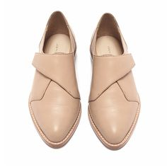 Loeffler Randall Grace Oxford // nude // blush // flats // flat // slip on Nude Shoes, Shoe Boots, Shoes Sandals, Crazy Shoes, Me Too Shoes, Look Fashion, Fashion Shoes, Brogues, Loafers