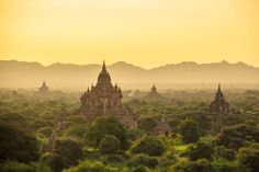 Birmanie - Sunrise at Bagan Photo by Bastien Poux — National Geographic Your Shot