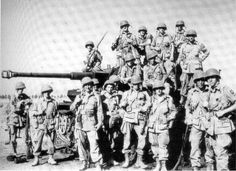 US ARMY 82nd division paratroopers and trophy, a panzer IV. In holland, operation market garden, september 1944.