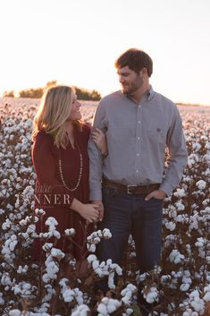 Engagement Session// Fall Engagement Session// Cotton Field// Georgia Wedding Photographer