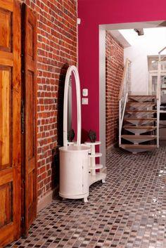 Dom Widzewska: styl translation missing: pl.style.korytarz-przedpokój-i-schody.nowoczesny, w kategorii Korytarz, przedpokój i schody zaprojektowany przez REFORM Konrad Grodziński