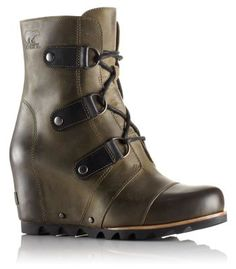I have these boots and I am in love with them. They are the only shoes I have been wearing since I got them in. Women's Joan Of Arctic ™ Wedge Mid #sorel #soreladdiction #sorelboots