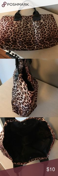 Cheetah bag Perfect book bag, cheetah print from sally beauty. The handles are worn but everything else is great!!! Bags Totes