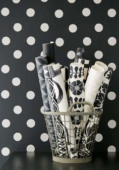 BLACK & LIGHT Wallpaper Pattern No E356062