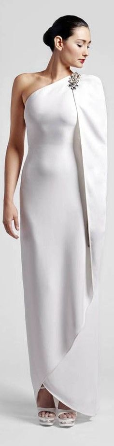 Fausto Sarli bridal gown wedding dress // Pinned by Dauphine Magazine x Castlefield - Curated by Castlefield Bridal Company & Branding Atelier and delivering the ultimate experience for the haute couture connoisseur! Visit www.dauphinemagazine.com, @dauphinemagazine on Instagram, and @dauphinemag on Pinterest • Visit Castlefield: www.castlefield.co and @ castlefieldco on Instagram / Luxury, fashion, weddings, bridal style, décor, travel, art, design, jewelry, photography, beauty, interiors