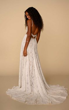 Modern Boho Wedding Dress with Linear Lace Details - All Who Wander - The Crystal Bride - Geneva IL Bohemian Wedding Dresses, Wedding Dress Styles, Dream Wedding Dresses, Wedding Gowns, Lace Wedding, Diy Wedding Dress Train, Wedding Bells, Relaxed Wedding Dress, Wedding Dress Patterns