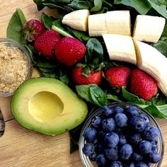 HEALTHY FATS GREEN SMOOTHIE :: 2 cups spinach 1 1/2 cups water 1 banana 1/4 cup blueberries 6 strawberries 1 tablespoon milled flaxseed 1/2 avocado