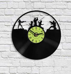 This battle-it-out vinyl clock — $29