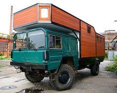 The ingenuity of people never ceases to amaze. Diy Camper, Truck Camper, Camper Van, Off Road Camping, Van Camping, Man Kat, Offroad, Overland Truck, Adventure Campers