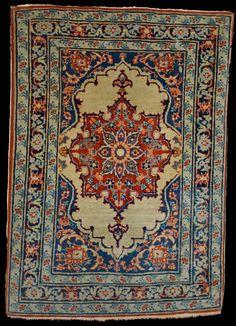 """Antique Persian Tabriz """"Pushti"""" (very small rug), Ivory Open Field Design, Circa 1910 I QUADRIFOGLIO GALLERY"""