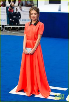 Emily Browning Becomes A 'Legend' In London | emily browning legend premiere london 07 - Photo