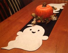 Ghost runner! #Halloween #Decor #Decorating