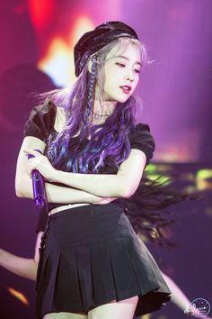 191103 IU at 'Love Poem' concert in Gwangju. Korean Celebrities, Korean Actors, Celebs, Kpop Girl Groups, Kpop Girls, Iu Twitter, Pale Skin, Soyeon, K Pop