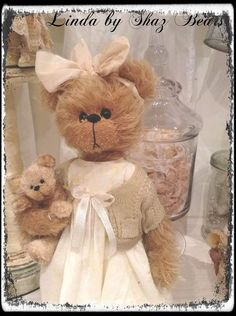 Linda and baby bear by Shaz Bears