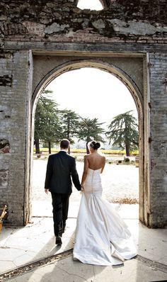 Drop Dead Gorgeous. Napa Wedding from Joy Marie Photography. Via: Style Me Pretty.