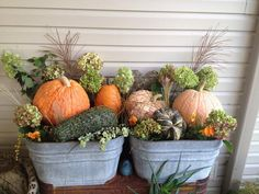 Vintage washtub filled with unique pumpkins, pansies and misc plant cuttings fro. Vintager W. Fall Yard Decor, Coastal Fall, Pumpkin Display, Autumn Decorating, Decorating Ideas, Wash Tubs, Farmhouse Garden, Fall Planters, Pumpkin Centerpieces
