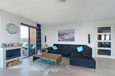 Te koop: Lambertus Zijlplein 116, Amsterdam - Hoekstra en van Eck - Keurig 3 kamer hoekappartement van ca. 91 m2 is gelegen in een van de leukste buurten van Geuzenveld! In de directe nabijheid is een ruim assortiment aan winkels, alsmede toegang tot het openbaar vervoer. Het appartement beschikt over een keurig, zonnig balkon dat op het Westen is gelegen. Het ruime appartement is erg strak en zeer smaakvol afgewerkt. Kortom een schitterend appartement dat zo te betrekken is!