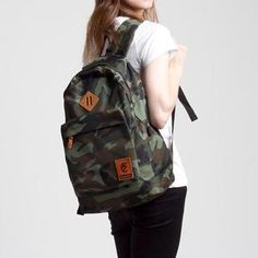 ESGOTADO ARMYO SEGUNDO Herschel Heritage Backpack, Backpacks, Bags, Fashion, Second Best, Handbags, Moda, Fashion Styles, Backpack
