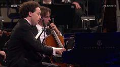 Evgeny Kissin plays Chopin Piano Concerto No. 1 Op.11
