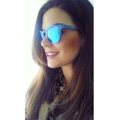 Gafas de madera color azul. Modelo Cibeles.  #gafasdesolmadera #gafas #sol #madera #azul #piocca #verano #playa #almeria #marcadoCE #madera #polarizadas #modelo #cibeles #monumentos #cristales  #moda #tendencia #instagram  #instasize  Pidenosla al WhatsApp 696828181