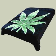 Super Soft Luxury Plush Queen Size Mink Blanket - Green Marijuana Pot Leaf On Solid Black Background (Leaf) - Bed Blankets Marijuana Leaves, Vetement Hip Hop, Solid Black Background, Weed Pipes, Smokey The Bears, Stoner Gifts, Mary J, Sweatshirts, Decorating Rooms