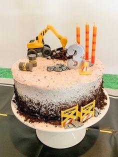Digger Birthday Cake, Digger Cake, Truck Birthday Cakes, Digger Party, Birthday Banners, Farm Birthday, 2 Year Old Birthday Cake, Birthday Invitations, Truck Cakes