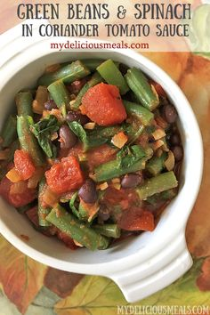 Green Beans and Spinach in Coriander Tomato Sauce Mexican Side Dishes, Best Side Dishes, Clean Eating Snacks, Healthy Snacks, Healthy Recipes, Mexican Appetizers, Vegetable Appetizers, Green Bean Dishes, Cooking Green Beans