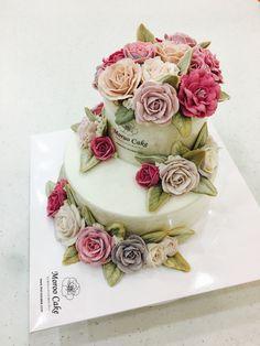 단체 발족식 행사 케이크. 발전을 기원합니다!💐👏🏽👏🏽👏🏽👏🏽👏🏽  #specialcake#layeredcake#flowercake#beanpasteflowercake#ricecake#flowercakeclass#buttercreamcake#koreanflowercake#moroocake#orderedcake#glutenfree #fleur_gâteau#flor_tarta#blume_kuchen    #앙금플라워케이크#행사케이크#2단케이크#행사용케이크#선물용케이크#장미케이크#취미스타그램#플라워케이크클래스#서울강서케이크공방#주문케이크#모루케이크#케이크스타그램 www.moroocake.com  📱order&class: 010.6238.1063  📱kakaotalk ID: moroo1004