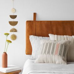 The Nordroom - Creative Headboard and Bedroom Styling Ideas (headboard for sale by The Citizenry) Pillow Headboard, Pillows, Diy Leather Headboard, Ikea Pinterest, Sheila E, Diy Headboards, Headboard Ideas, Modern Headboard, Modern Bedroom