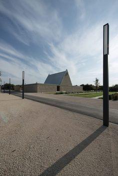 Ingelheim Funeral Chapel / Bayer  Strobel Architekten