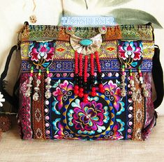 Items similar to New design embroidery Single shoulder bag women accessory Canvas tote bag/Shoulder Bag/Embroidery bag/Handmade bag/ on Etsy Canvas Messenger Bag, Canvas Tote Bags, Lv Bags, Purses And Bags, Women Accessories, Fashion Accessories, Ethnic Bag, Embroidery Bags, Fringe Bags