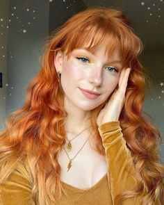What did you dream about last night?✨🌞🌛✨💫🌙 - I dreamt about a being on a train going across the sea, like in Spirited Away🥺💤 Ginger Hair Girl, Ginger Girls, Ginger Hair Color, Ginger Hair Dyed, Character Inspiration, Hair Inspiration, Cute Ginger, Strawberry Blonde Hair, Gorgeous Redhead