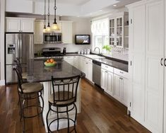 l shaped kitchen layout design ideas. collection most popular kitchen layout and floor plan ideas Small L Shaped Kitchens, L Shaped Kitchen Designs, Best Kitchen Designs, Design Kitchen, 10x10 Kitchen, Narrow Kitchen, New Kitchen, Kitchen Island, Kitchen Ideas