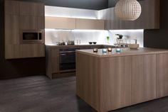 Keittiöt | TaloTalo | Rakentaminen | Remontointi | Sisustaminen | Suunnittelu | Saneeraus #keittiö #kelo #ruskea #kitchen #brown #talotalo