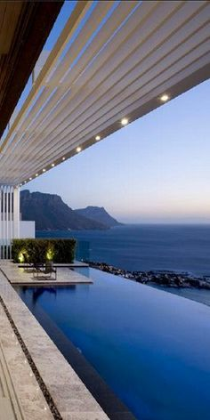 """I post Interior Design & Exterior Architecture. """"Never let your fear decide your future. Pool Bad, Beautiful Homes, Beautiful Places, Amazing Places, Moderne Pools, Design Exterior, Luxury Pools, Dream Pools, Swimming Pool Designs"""