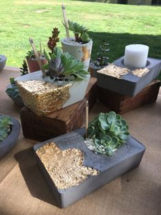 projects with cement Gold leaf on concrete . - Gold leaf on concrete . Cement Art, Concrete Crafts, Concrete Projects, Concrete Planters, Diy Projects, Concrete Bowl, Concrete Art, Concrete Garden, Concrete Light