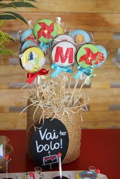 Pirulitos de chocolate decorados do Ateliê Deia´s ideias